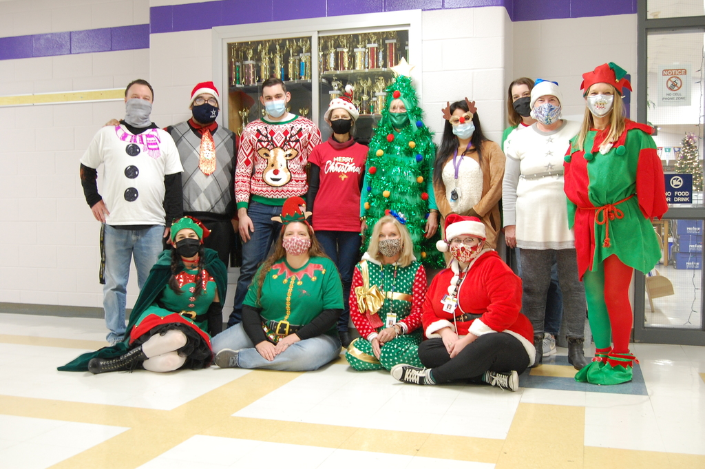 300-hall staff go all out for Christmas this year!