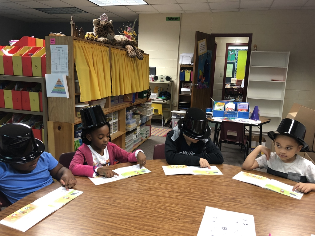 First graders with their Snowman reading hats on!
